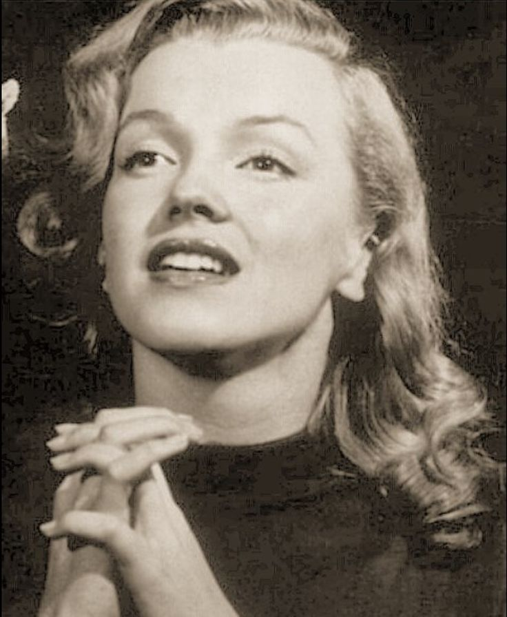 a biography of norma jean baker marilyn monroe A photo collection of norma jeane baker who later became marilyn monroe by, george vreeland hill a photo collection of norma jeane baker who later became marilyn monroe by, george vreeland hill.