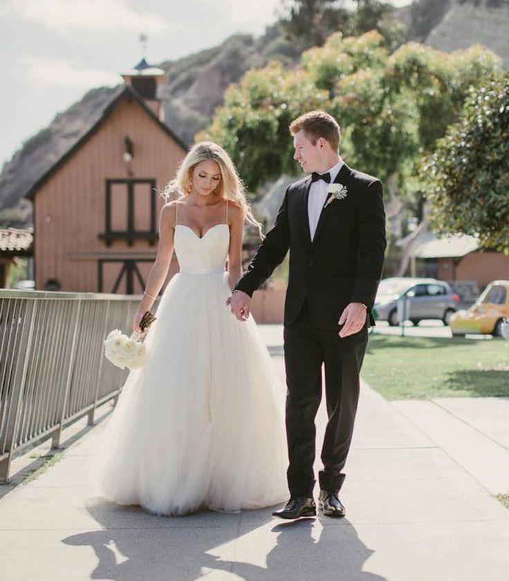 Boho Vintage Simple Beach White Tulle Wedding Dress Wedding Dress Bridal Wedding Gowns Vestido Noiva Praia Casamento 2016-in Wedding Dresses from Weddings & Events on Aliexpress.com | Alibaba Group