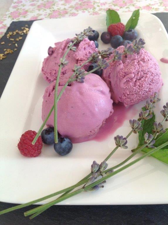 Lavender ice cream with blueberries ---- so amazing!