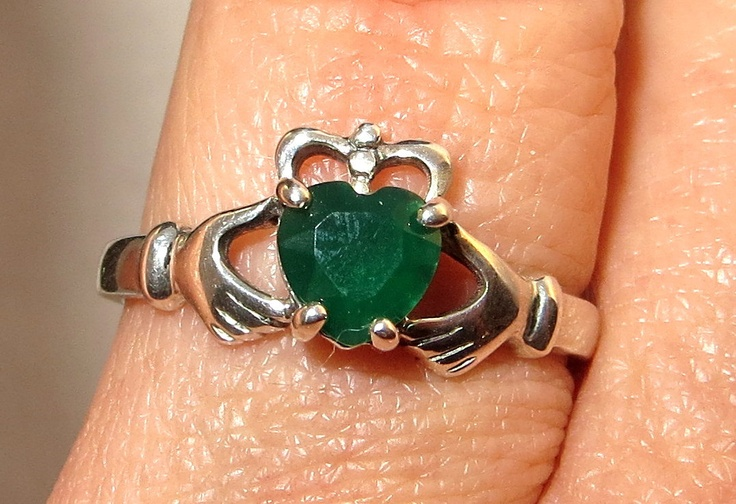 Emerald Sterling Silver Irish Claddagh Ring