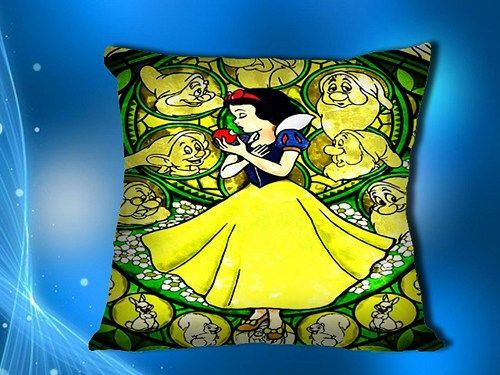 "Snow White Disney Princess Include Inner Pillow Case 18""x18"""