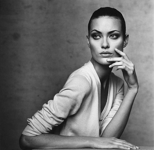 Shalom Harlow by Irving Penn for Vogue 1996