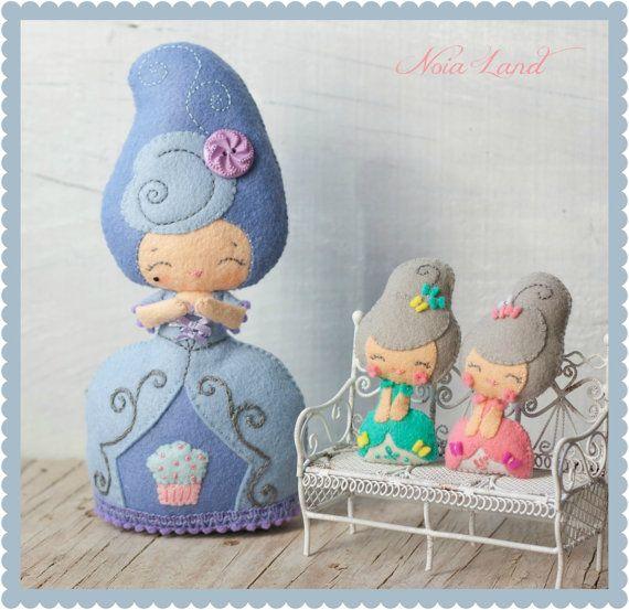 PDF.Marie  Antoinette doll with baby Antoinette .Plush Doll Pattern, Softie Pattern, Soft felt Toy Pattern.. $7.00, via Etsy.