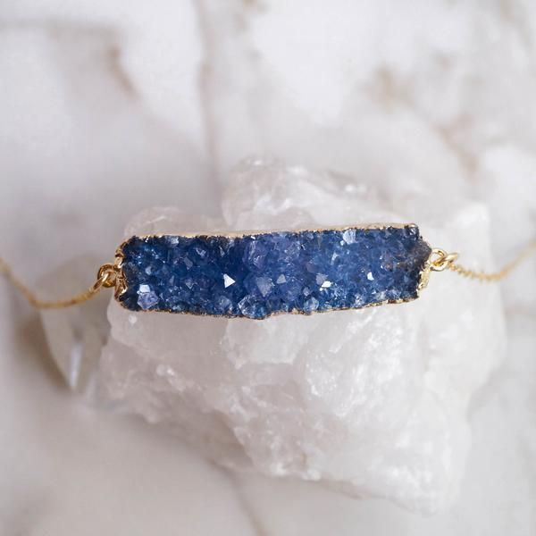 Wander + Lust Jewelry's Blue Druzy Bar Necklace is so sparkly!