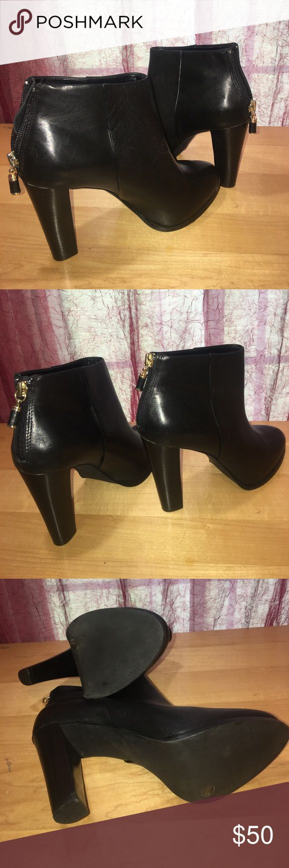 """ankle boots by banana republic""""SIERRA"""" Beautiful black leather ankle boots by banana republic""""SIERRA"""" Size 6.5 Banana Republic Shoes Ankle Boots & Booties"""