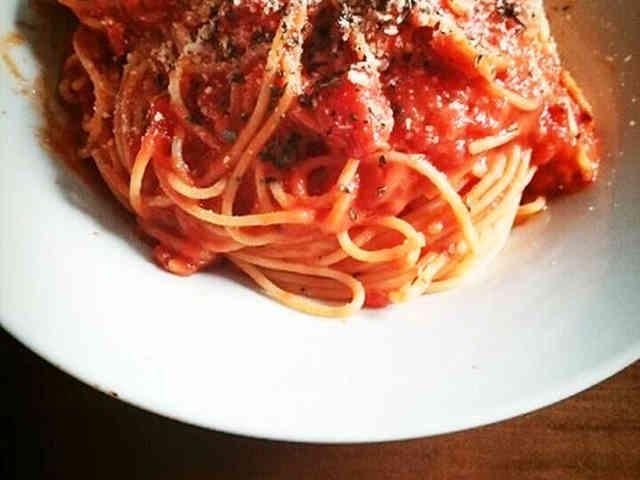 簡単!トマト缶で作る本格トマトパスタの画像