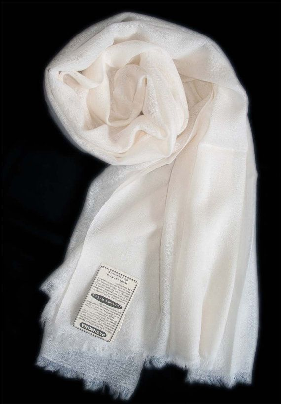 ring pashmina handmade in Nepal cashmere shawls by Myfeltballrugs
