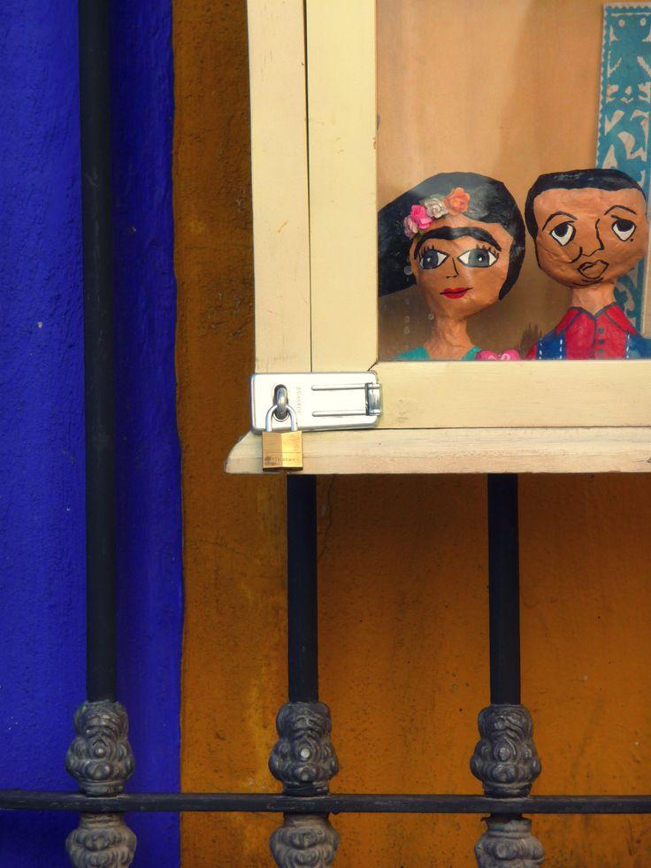 Odd Couple #FridaKahlo #DeigoRivera