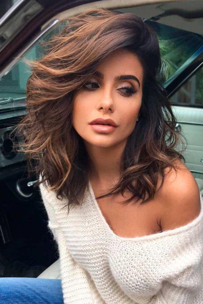 Coupe cheveux mi long femme glamour