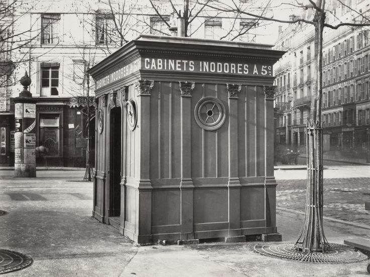 02-Charles_Marville,_Cabinet_d'aisance_de_la_place_Saint_Sulpice,_ca._1865