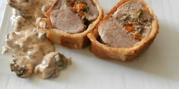 Filet mignon de porc à la moutarde farci aux champignons en croûte