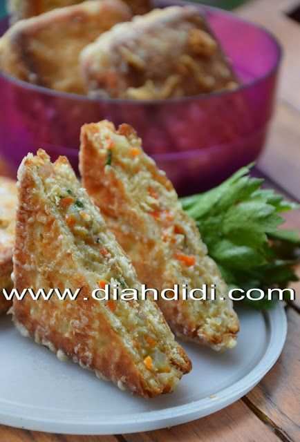 Diah Didi's Kitchen: Crakers Goreng - veggies compote stuffed fried crackers