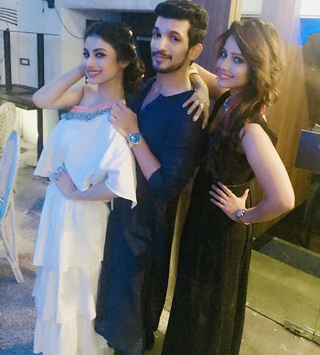 Awesome 3some ... To all our fans ❤️ #naagin #shivanya #shesha #ritik #friendsforlife  @imouniroy  #birthdaybash
