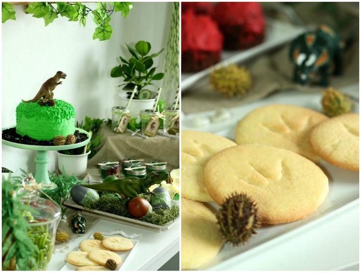 Ideen und Rezepte für eine Dino / Dinosaurier Geburtstagsparty. Buffet,Sweet Table, Dino Party Dekoration und Spiele.