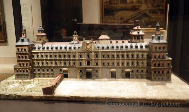 maqueta del antiguo Alcazar de Madrid palacio real desaparecido por incendio sobre él se levanto el actual Palacio Real
