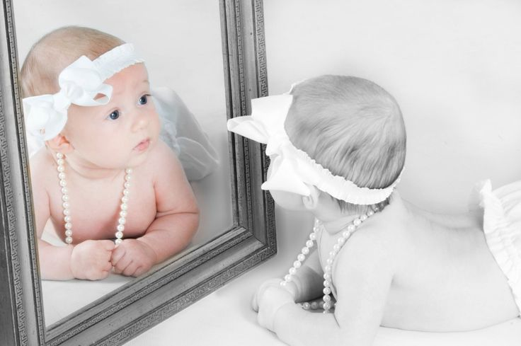 Babys & Kids - Image Photography. Clara loves looking in the mirror!