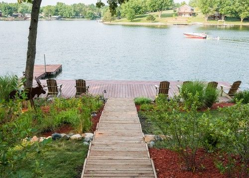 17 best images about waterfront backyard on pinterest for Lake home landscape design