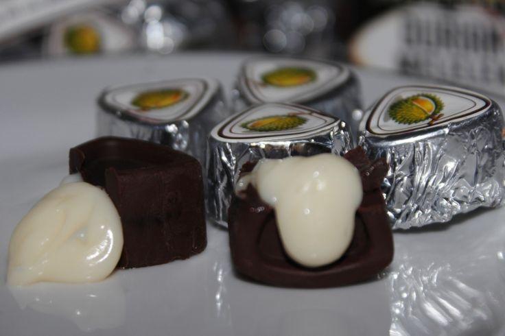 Aneka Olahan Durian Yang Pastinya Bikin Kamu Ngiler http://www.perutgendut.com/read/aneka-olahan-durian-yang-pastinya-bikin-kamu-ngiler/4603 #Food #News #Kuliner