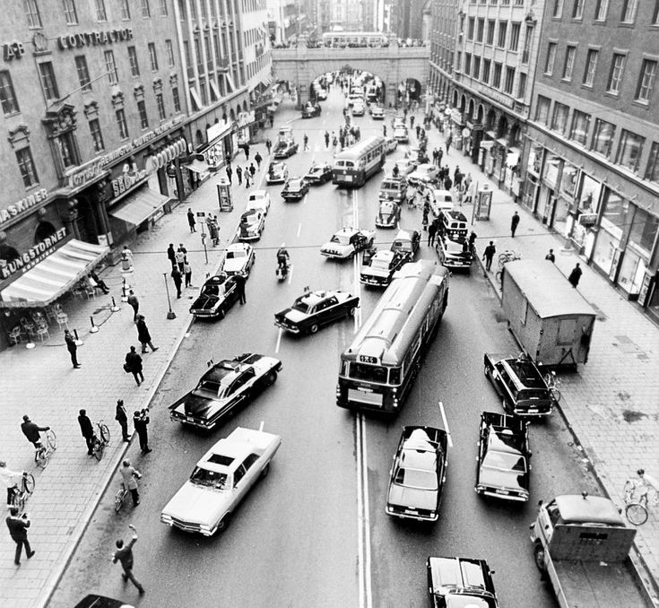 Sweden switched from driving on the left-hand side of the road to the right in 1967