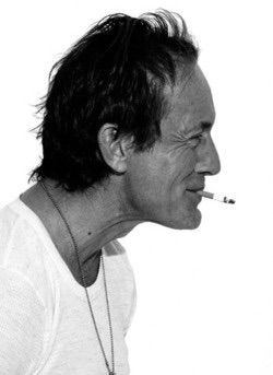 lance henriksen. hottest older man ever!