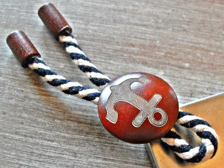 TAUWERK - Echtholz Anker Tau Pin Anstecker Seil von Kleines Karma - Natur & Trend Schmuck, Ketten & Colliers, Uhren, Accessoires und Geschenke aus Berlin auf DaWanda.com