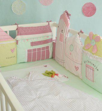 tour de lit fille original pastel petites maisons 60x120 et 70 x140 cm
