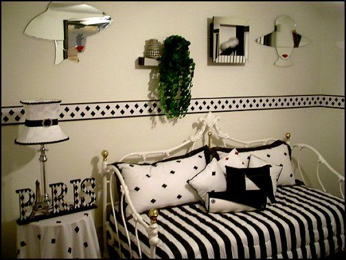1000+ Ideas About Paris Themed Bedrooms On Pinterest