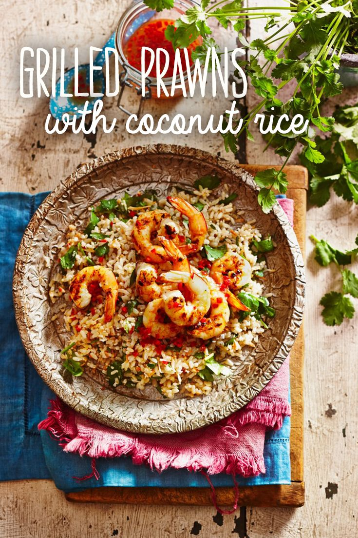 With kaffir leaves, coriander and coconut, this is a beautifully-flavoured rice seafood recipe. It takes 34 minutes and serves 6 people.