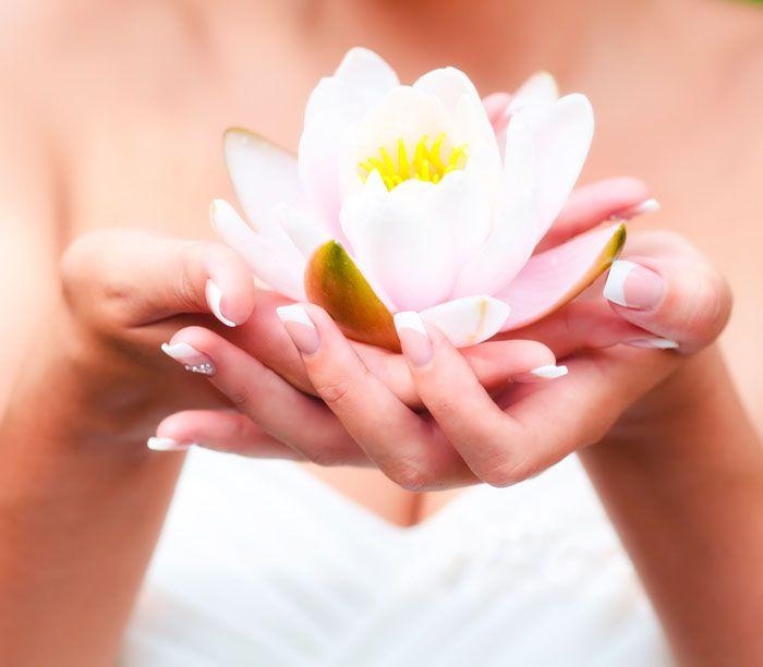Triky, vďaka ktorým vydrží lak na nechtoch celý týždeň. http://wink.sk/beauty/krasa/tipy-na-lepsiu-trvacnost-laku-na-nechty.aspx
