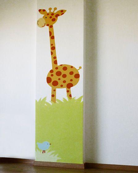 Καμηλοπάρδαλη. Λεπτομέρεια ζωγραφικής τοίχου σε βρεφικό δωμάτιο ζούγκλα. Δείτε περισσότερες ιδέες διακόσμησης για το παιδικό ή βρεφικό δωμάτιο στη σελίδα μας  www.artease.gr