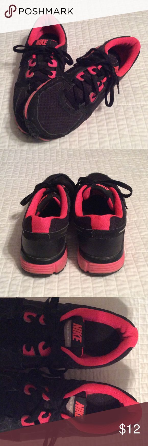 Nike Dual Fusion Athletic Shoes Nike Dual Fusion black & hot pink athletic shoes. Great condition! Nike Shoes Athletic Shoes