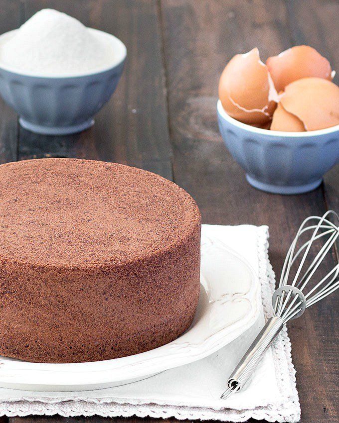 You only need 4 ingredients (eggs, granulated sugar, cake flour and unsweetened cocoa powder) to make this delicious chocolate cake.