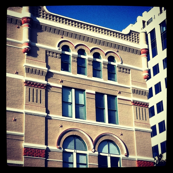 1 bedroom apartments midtown memphis tn%0A Pembroke Square   Located in Downtown Memphis  TN