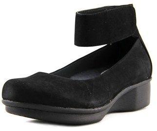 Dansko Lulu Women Open Toe Leather Wedge Sandal.