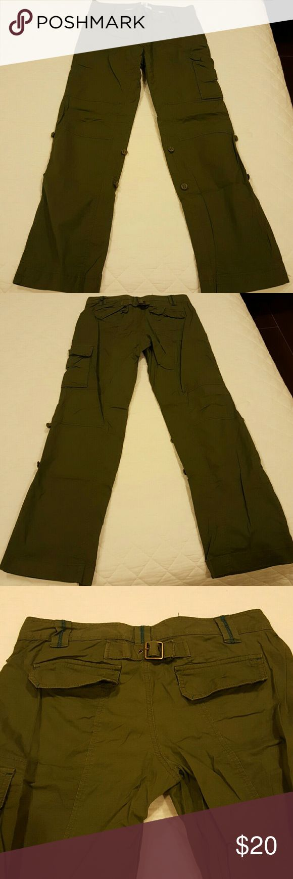 Old Navy Cargo Pants Military green cargo pants. Used a few times. However pants are in great condition. No damage. Old Navy Pants