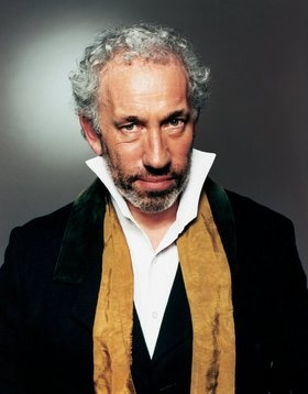 Simon Callow. Met him outside the Theatre Royal in Bath when he was doing his one-man Dickens show. He was lovely.