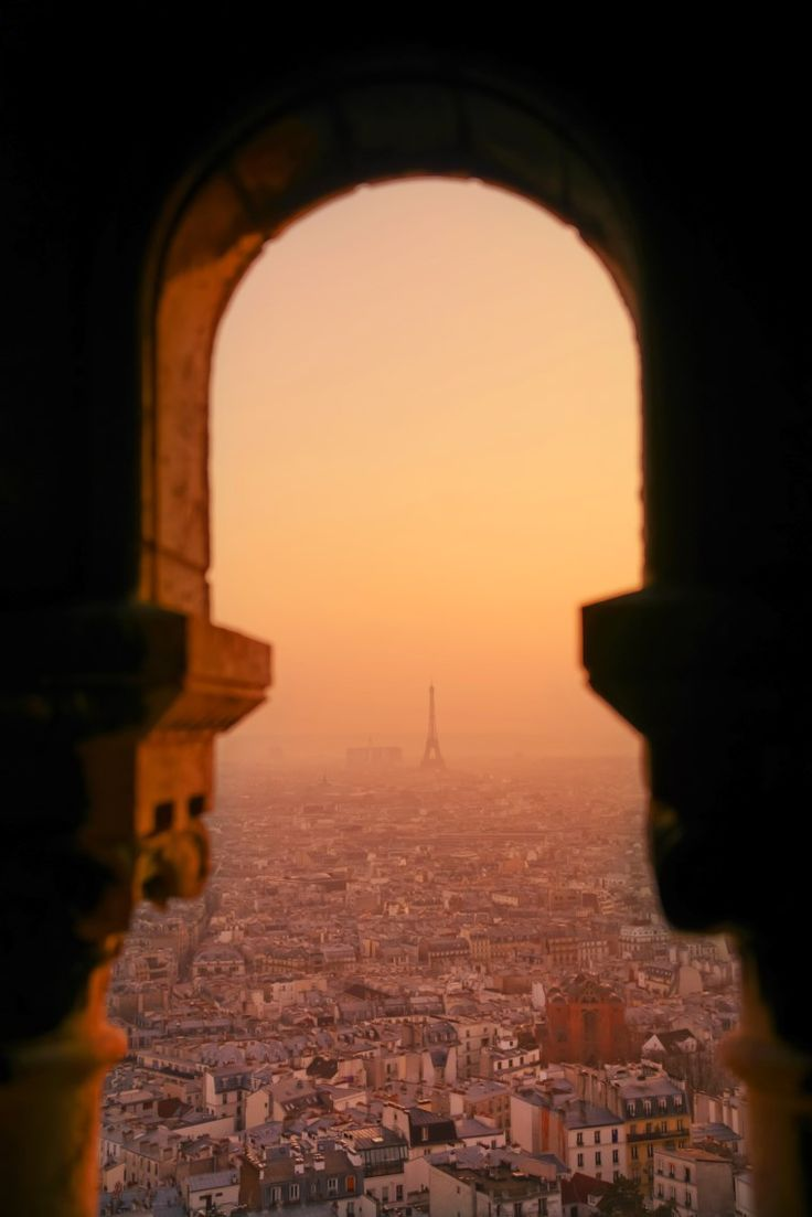 La Tour Eiffel, vue du Sacré-Cœur, Paris, France
