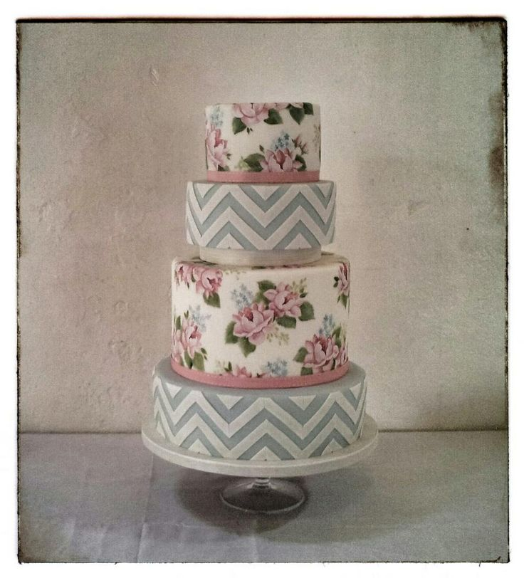 One of Emily Hankin's beautiful hand-painted cakes at one of our lovely weddings!