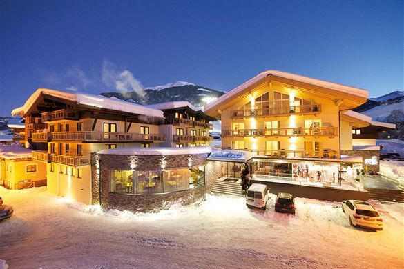 Hotel Alpina, Hinterglemm, Austria - Booking.com.