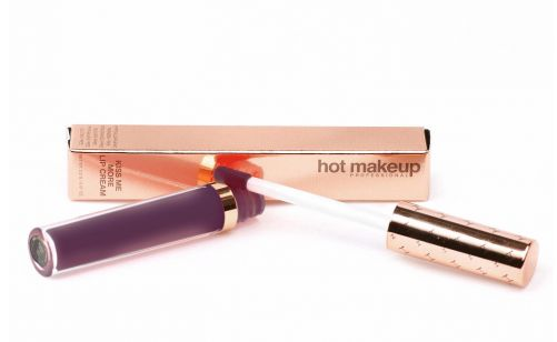Hot Makeup Website has finally been launched! One of their popular products is Kiss Me More Lip Cream (liquid matte lipstick) available in 13 shades. http://arzanbeauty.blogspot.ca/2015/01/hot-makeup-website-launch.html