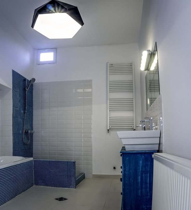 Bathroom Photo #2