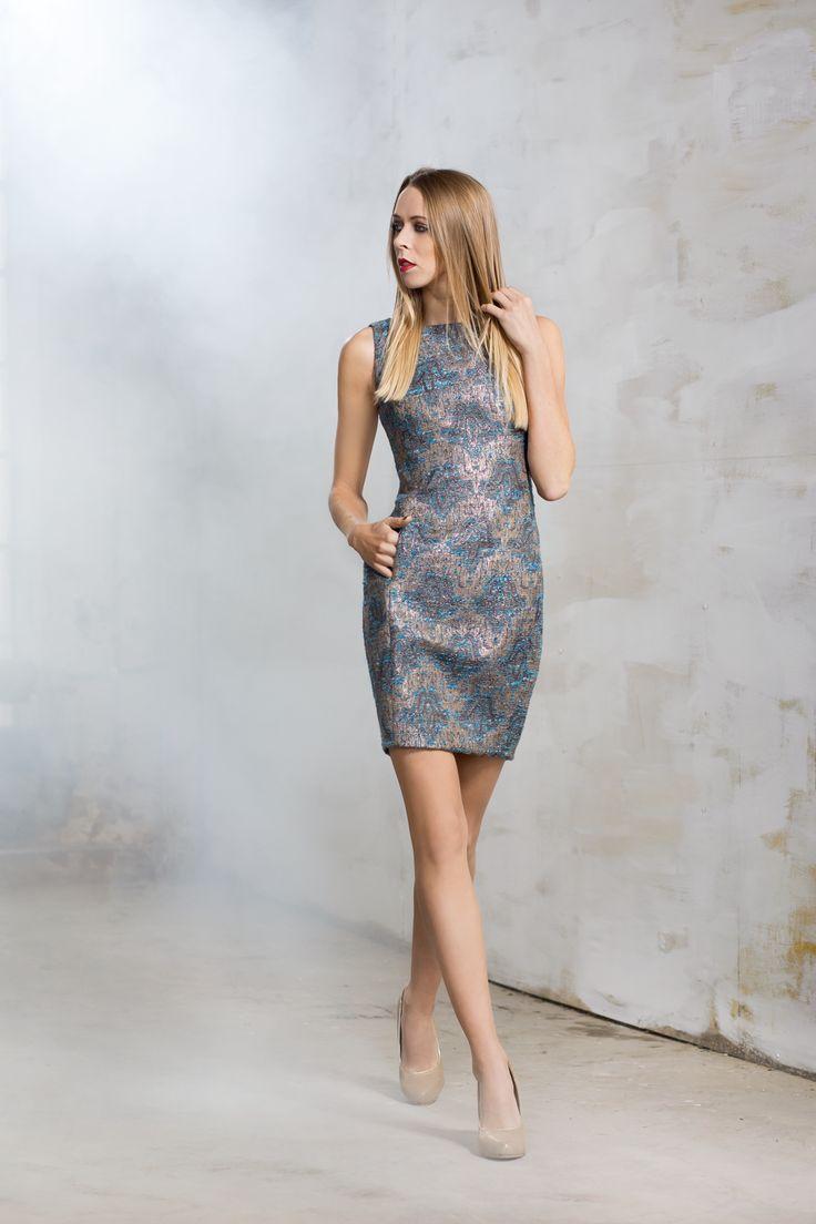 Żakardowa sukienka. Jacquard dress. http://www.bee.com.pl/e-sklep