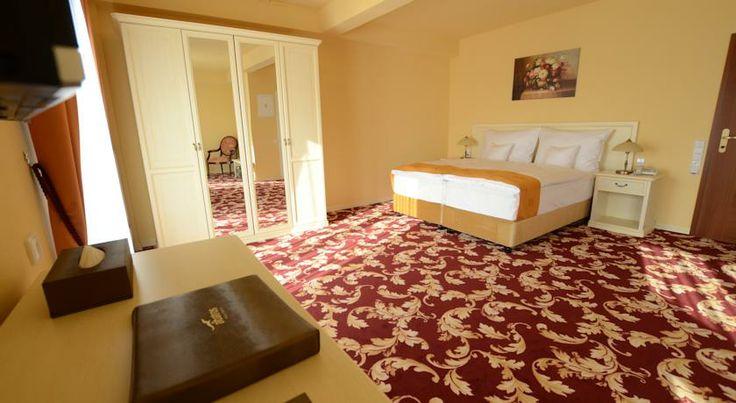 Spa Hotel Vita - České Budějovice  www.hotelabatros.cz Hotel 4*