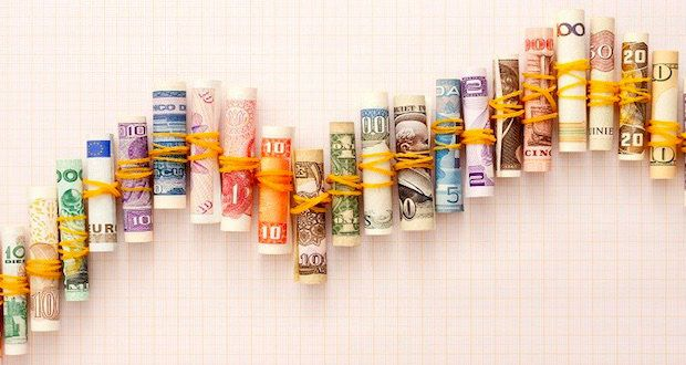 What makes currency rates fluctuate? - All about Mallorca