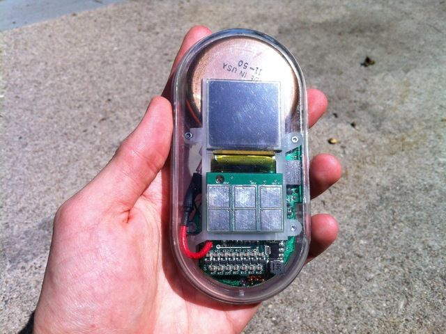 Safecast X Kickstarter Geiger Counter ML: With the Japan atomic issue, if you're a pacific coast citizen, better have one like this, when go to beach with your family... it's no when anymore... the problem is here, right now. Prepare yourself.