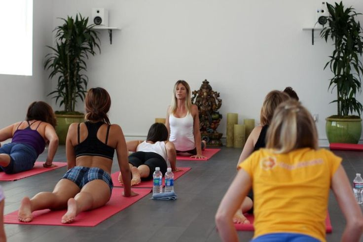 Vinyasa Yoga Poses -   Download Yoga Academy App to practice yoga anywhere and anytime - https://itunes.apple.com/app/apple-store/id977553521?pt=85848801&ct=Pinterest&mt=8
