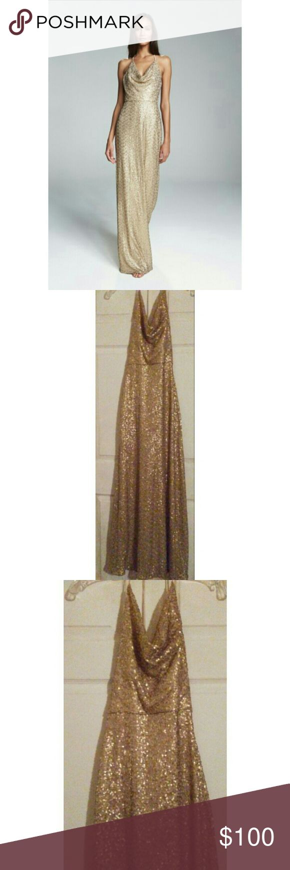 GOLD SEQUIN HALTER DRESS 🎊1 DAYSALE🎊 Gold Sequin Amsale Honora long Evening Gown. Has a cow neckline, backless halter. Great formal wedding bridesmaid dress. Similar to Adrianna Papell. Amsale Dresses Wedding