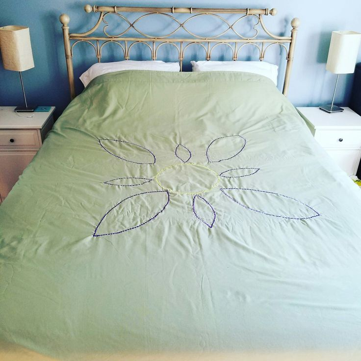 Do you hate making the bed in the summer? Sweating at night due to heavy bedding? This summer blanket makes your bed look beautiful and is super lightweight. Interested? Ask Fuzzala!