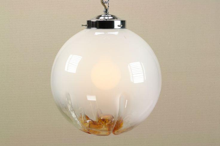 Opal glass pendant Mazzega Murano. Glaskugel Deckenlampe
