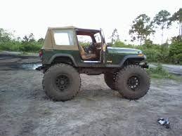 Mudin jeep